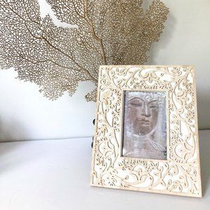 BOHO WHITE WASHED CARVED WOOD PICTURE FRAME  4 X 6